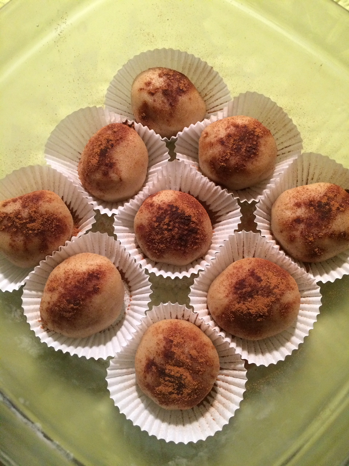 Almond Butter Balls to Satisfy Your Sweet Tooth